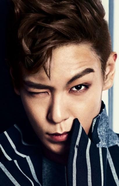 BIGBANG TOP 空港ファッション画像~革ジャンが・・・