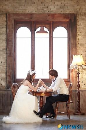 ヨンファ&ソヒョン、ユノ&ユインナ・・・アイドルウェディング写真画像