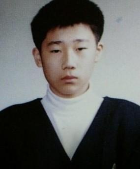 ソンギュ、イトゥク・・アイドルリーダー卒業写真まとめ~ちょっとみてもわからない子もw